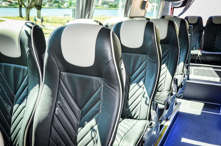 alquiler de buses en coruña para 15 personas